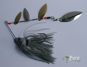 Spinnerbait de cuatro palas de Strike King
